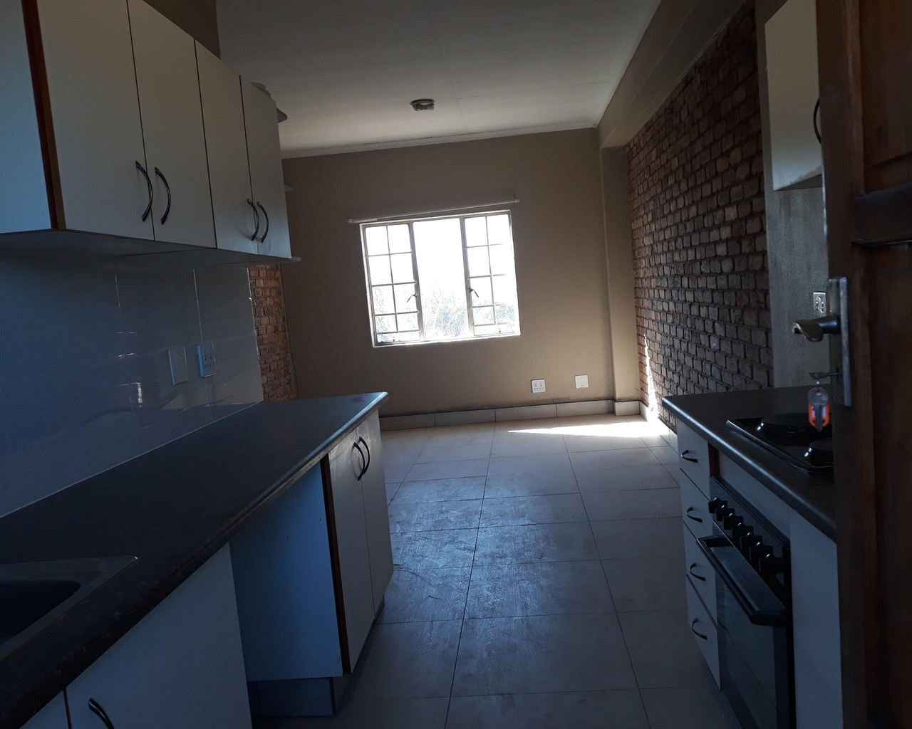 2 Bedroom Apartment To Let In Pretoria West Vartrust